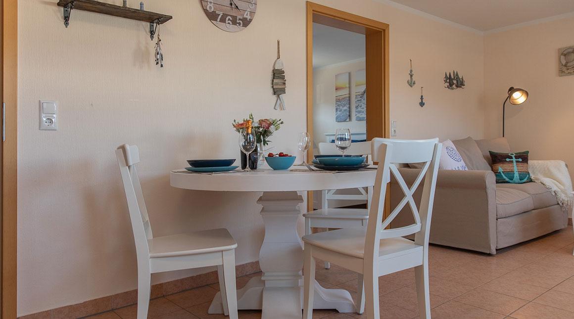 Kiebitz-Ferienwohnung-wohnbereich-villa-vineta