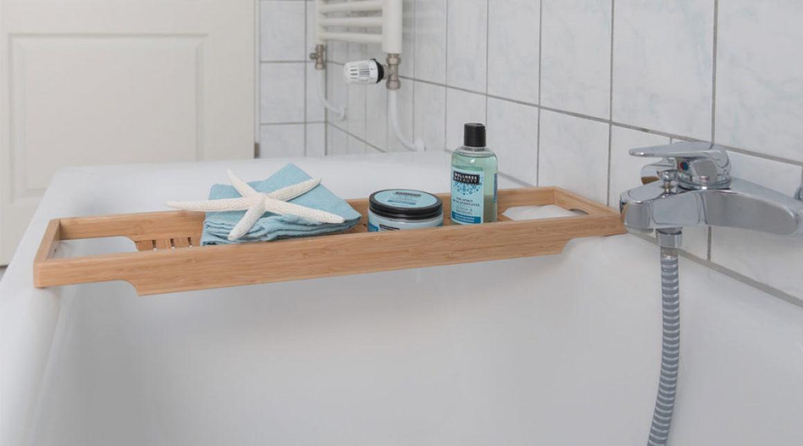 Kranich-Ferienwohnung-badewanne-vorn-villa-vineta